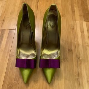Festive heels in colorful satin